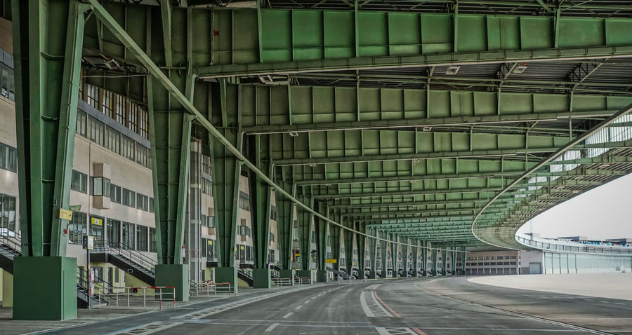 the Apron ... Airfield Airport Apron Architecture Architektur Built Structure Ceiling City Closed Diminishing Perspective Empty Flughafen Hdr_Collection Long Mode Of Transport No People Public Transportation Roof Taxiway The Way Forward Transportation Vanishing Point Vorfeld