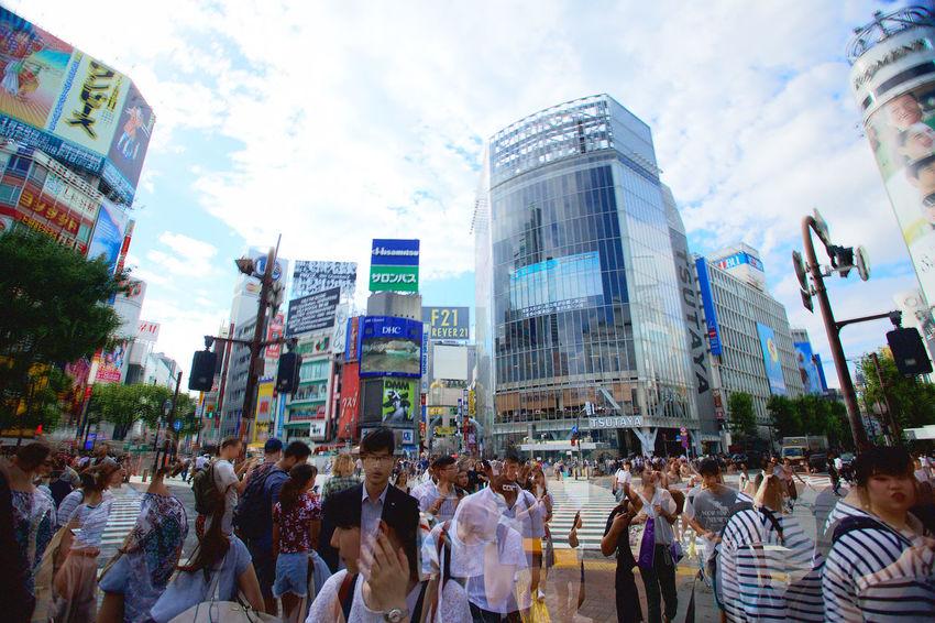 City EyeEm Best Shots Japan Large Group Of People Outdoors Real People Shibuya Crossing Shibuya,Tokyo Sightseeing Sky Street Summer