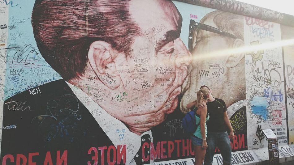 Feel The Journey Berlin Wall Berliner Mauer it's really impressive.