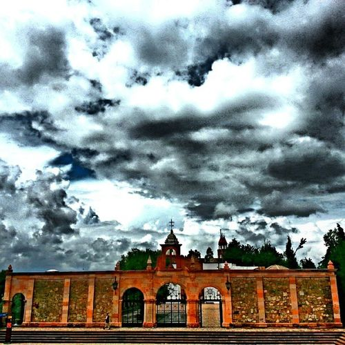Zacatecas Mexico Bufa Stormcoming clouds breathtaking beautifulsky church ink361 ink361_justgoshoot ink361_mobile amazing