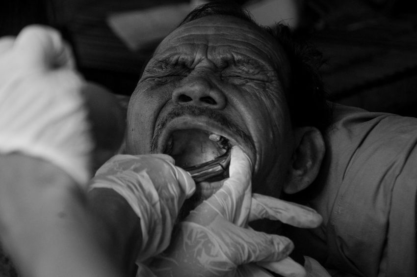 Dental mission in rural area in Philippines Day Dental Eyeem Philippines EyeEm Phillipines Health Lice Negros Occidental Outreach Served The Photojournalist - 2017 EyeEm Awards