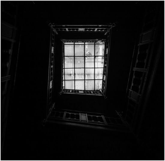 Tsf Old Buildings Architecture Nikon D7100 D7100 Nikonphotography Sigma 18-35 F1.8 Black & White Blackandwhite Monochrome Bw Light And Shadow Light And Dark Stairs