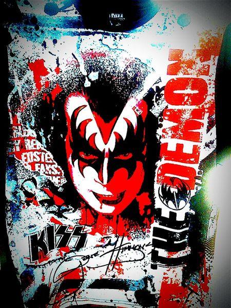 The Demon Kiss Gene Simmons Genesimmons Tshirts Tshirt T Shirts T Shirt Tee Shirt Bandshirt Tshirt♡ T Shirt Collection T Shirt Tees Tee Shirts Tshirtcollection Teeshirts T Shirt Tshirtporn Teeshirt Bandshirts T Shirt Art Demon Simmons Kiss :*