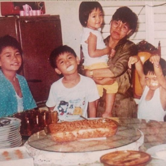 That's me with my brothers. Lil Cute 90s Filipinosbelike Puto oldpics 100happydays