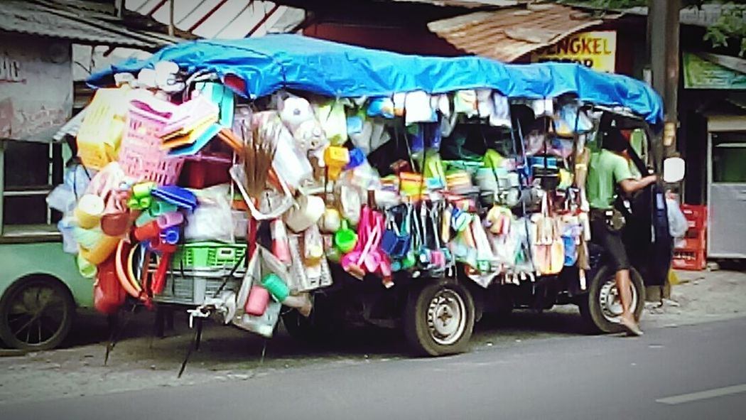 For certain reason, quantity matters. | Streetvendor Housewares Observing People My City, My Life