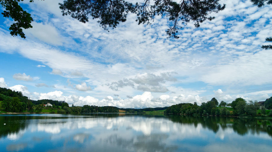 Lac de Bret Sky