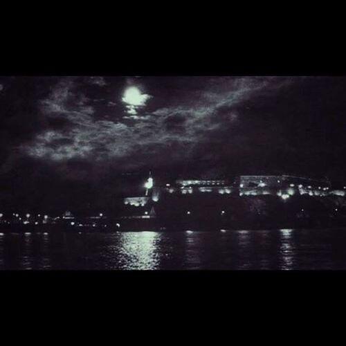 Night Thought Thinking Moment Walk Rain Dreamas Black Moon Sky Filter Petrovaradinskatvrdjava Kejzrtavaracije Novisad Vojvodina