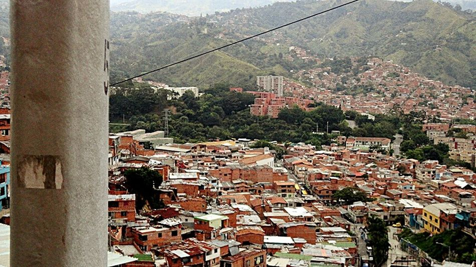 Comuna 13 Callesdemedellin Built Structure