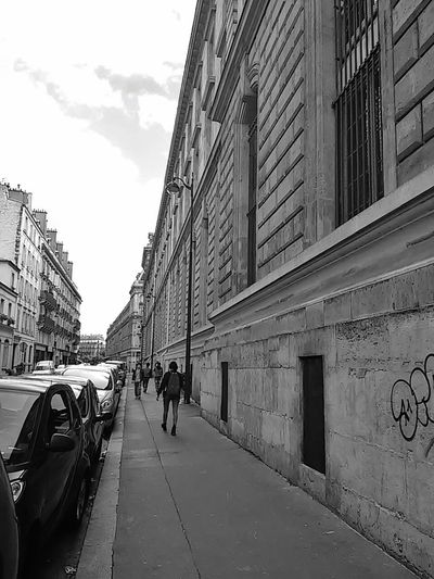 Photowalking Paris Perspectives Streetphoto_bw Eyeem Philippines Bw_ Collection Monochrome Blackandwhite Street Photography Just Around The Corner RePicture Travel Eyeem Paris