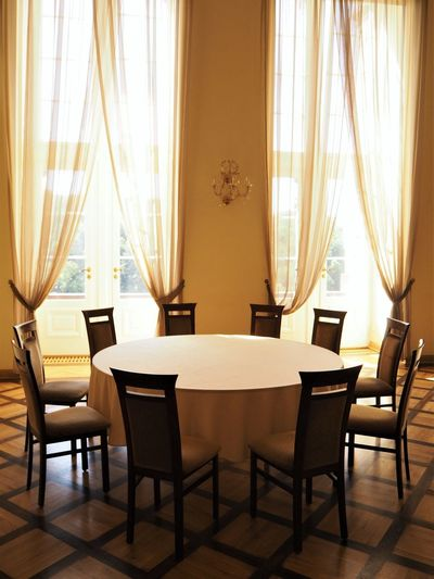 Meeting Round Table Absence Business Chair Empty Indoors  No People Seat Table Window
