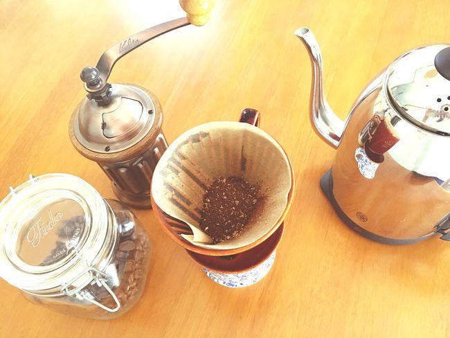 おはよう😃サン✨これがなきゃ1日始まらない☕️☕️☕️カフェイン補給てさぁ活動‼️ High Angle View Table Food And Drink Relaxing Tranquility I Need Coffee Coffee Coffee Time Coffee Break