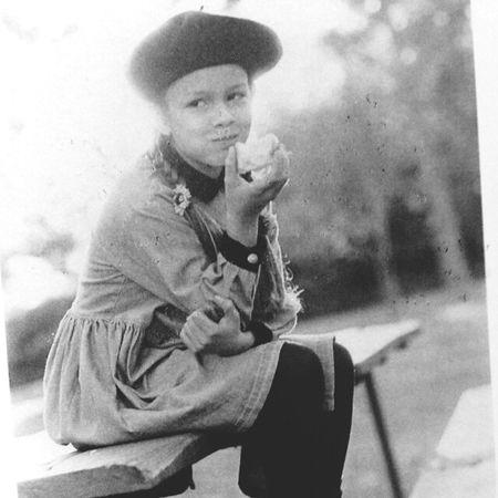 Retro Vintage Blackandwhite Children Littlegirl