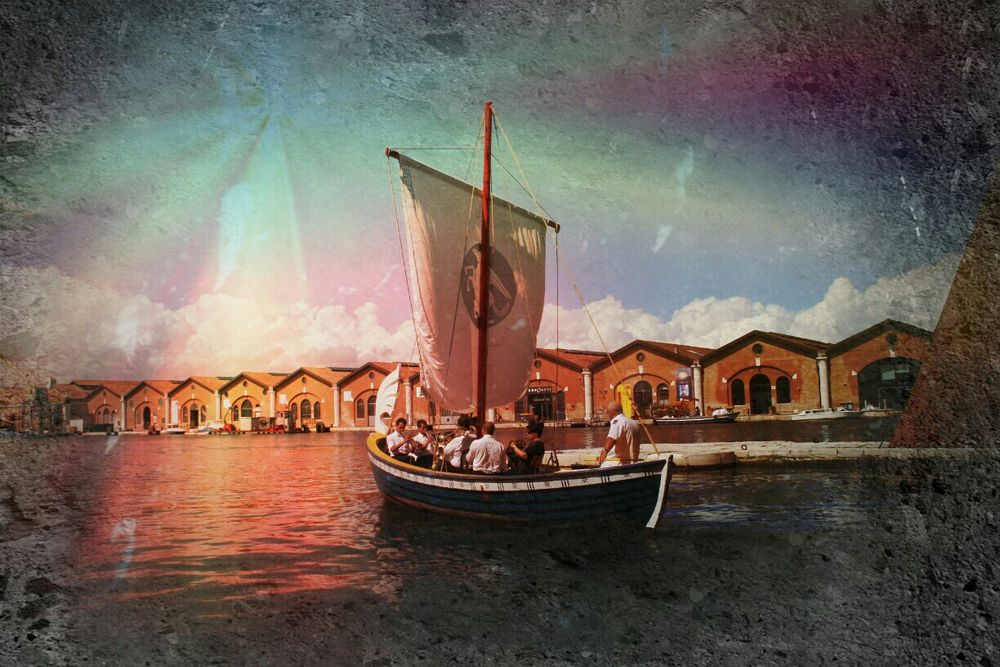 Taking Photos Urbanexploration Urbex Hafen Port Sailing Exhibition Bienal2014