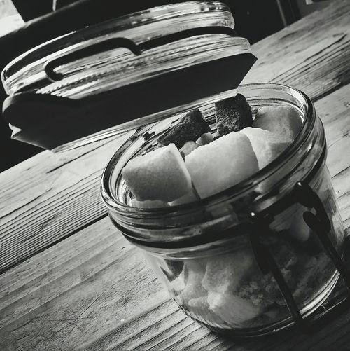 Pot o' suga 😋 Indoors  Food And Drink No People Table Food Close-up Freshness Day Ready-to-eat Sugar Sugar Cubes Sweet Time For Tea British Culture Sugar Lumps Make It Sweet Jar Sugar Pot Sugar Cube Suga Sugar Rush Sugary Food Stories
