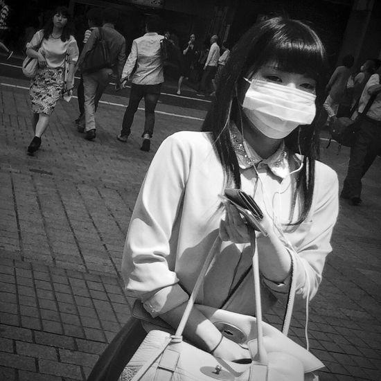 Shibuya Streetphoto_bw Japan Tokyo Monochrome Blackandwhite Streetphotography Street Life IPhoneography Streetphotography_bw