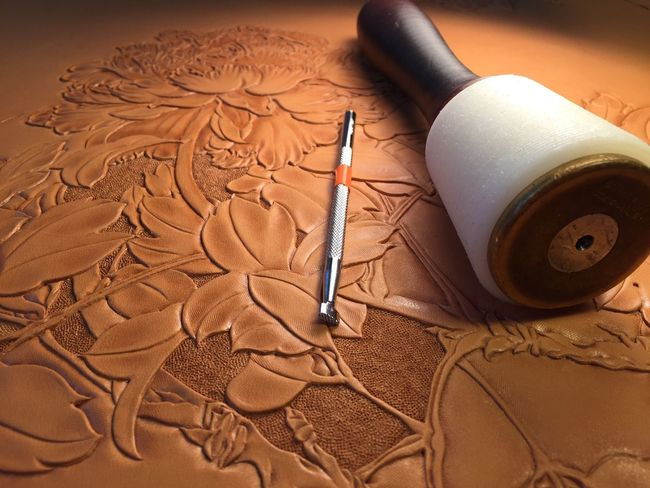 Trio Leather Art Hong Kong Leather Workshop Leather Craft Leather Leatherworks Leather Art Workshop Leathercraft Leather Tooling 牡丹花