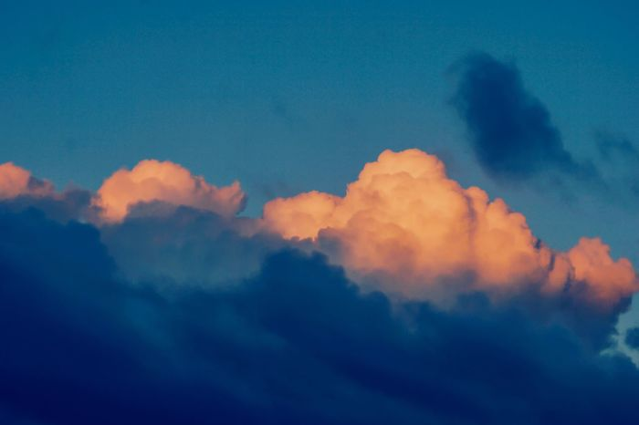 Cloud - Sky Sky Dramatic Clouds Gettyimages Getty Images Clouds And Sky Dramatic Sky Colorful Sky Sky Only Pastel Sky Pastel Colours Pastel Clouds Sunset And Clouds  Blue And Yellow Dramatic Skies Dramatic Colours Sky Background Clouds Backgrounds Backgrounds Sunset Full Frame Cloudscape Idyllic Environment Meteorology