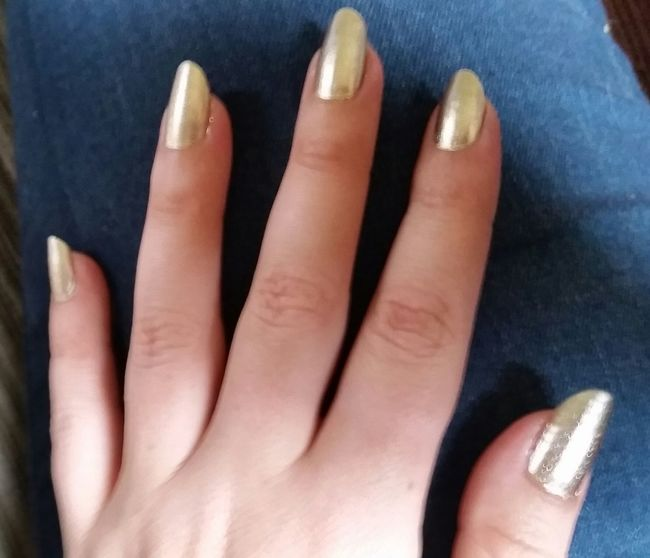 Nails Nailpolish Gold NaturalNails Hands Beauty Ifeelpretty Leo