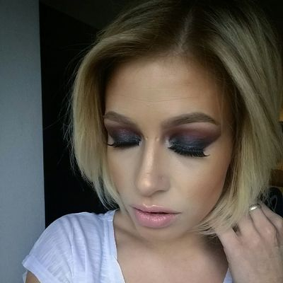Fashion INKEDGIRL Maccosmetics Urbandecay Pbcosmetics Wachclaude Maquillage Makeupartist Girl Urbandecaycosmetics