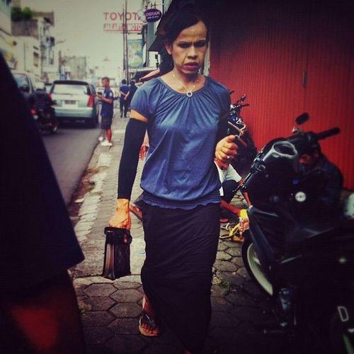 streetphotography at Bandung Streetphotography