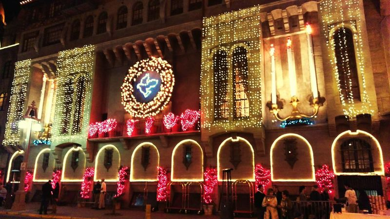 Festivaloflights Christmas Lights Taking Photos Riverside California Downtownriverside Mission Inn