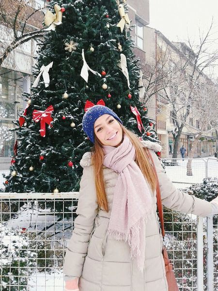 Let it snow, let it Snow ...♥ Smile Holidays Happiness NewYear Christmas Tree