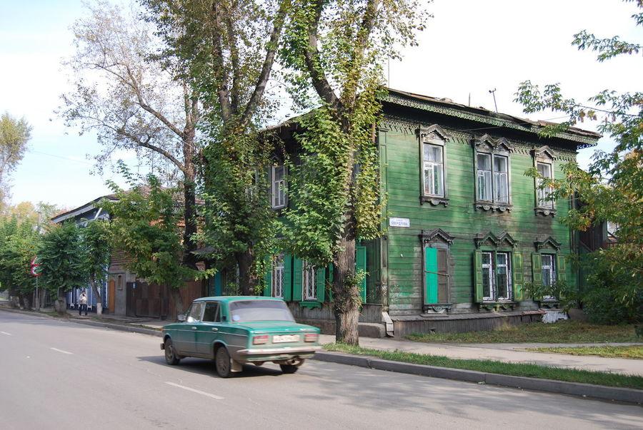 Irkutsk Architecture Building Built Structure Car Day Green Color House Land Vehicle Mode Of Transportation Motion Street