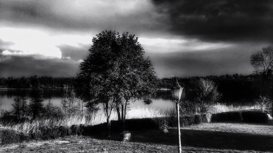 Another black and white... Cloud - Sky Outdoors No People Tranquility Nature Water Sky Beauty In Nature Monochrome Blackandwhite Scenics Landscape IPhoneography Eye4photography  Walking Around EyeEm Nature Lover From My Point Of View in Lake Montorfano Brianza