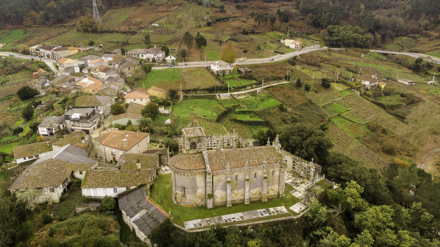 Church of Santa María Architecture Building Exterior Built Structure High Angle View Building Rural Scene Patchwork Landscape No People Village Outdoors Iglesia Church Church Architecture Ancient Architecture Romanic Castrelo De Miño Drone  Dronephotography Drone Photography Droneshot