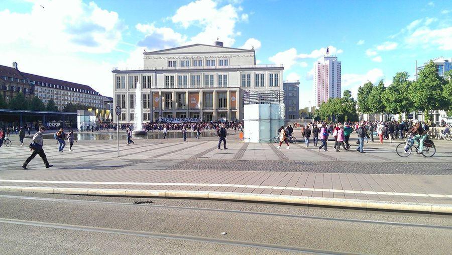 Wundervolles Leipzig mit engagierten Bürgern. Leipzig Oper Leipzig Augustusplatz