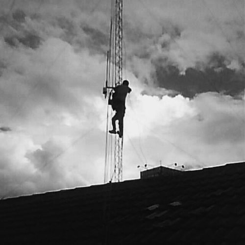 Hard work 2009 Eyeem Black And White VSCO Hello World WordPhotography Bandung Eyeemphotography First Eyeem Photo INDONESIA EyeEm Bnw Wolrd_photography_day Word