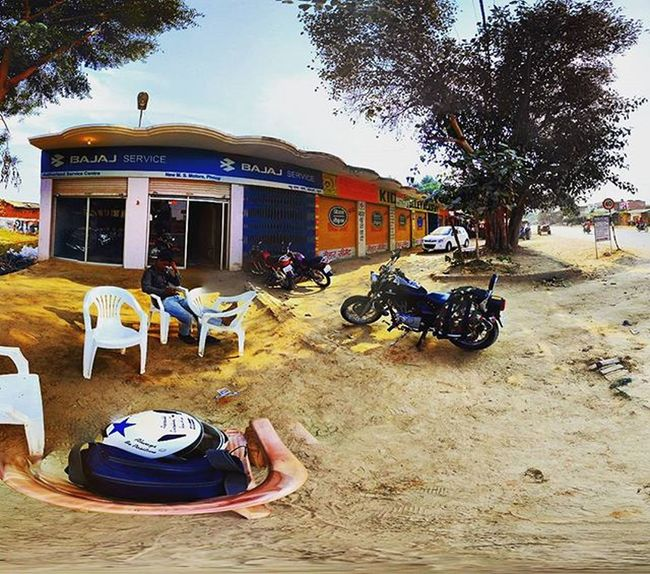 While returning from a long ride to Home, my machine needed some tuning and rest and thanks to Bajajavenger service point at a small town phoop in Bhind district in Madhya Pradesh Wildthrottle Bajajavenger Redmi2Prime Googlecamera Xiaomi Xiaomiyicamera Madhyapradesh Madhyapradeshtourism Bhind