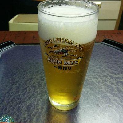 今日は二日酔いで辛かったわ。とりあえず生ビール!Drinking Beer 酒場 網走 北海道