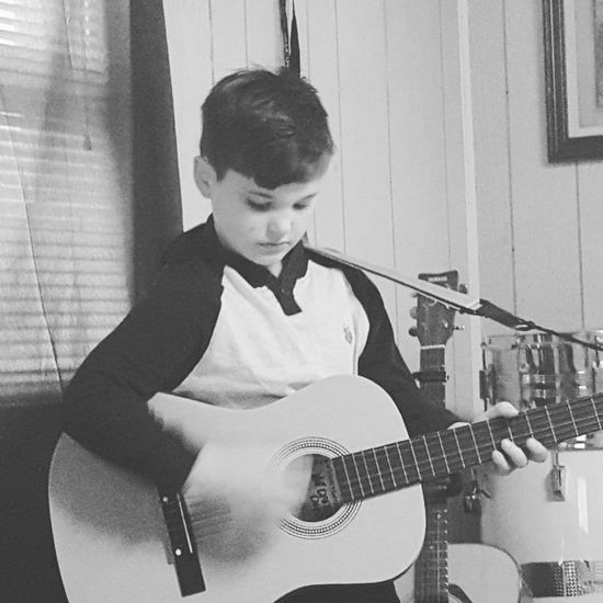Guitar Musician Children Photography Artistic Check This Out Guitarist Guitar Player Son Sit Awhile Beauty Of A Child Talented Blackandwhite Photography The Portraitist - 2016 EyeEm Awards Young Musicians Guitar Love Guitarismysoul Music Is My Life Musicians Musical
