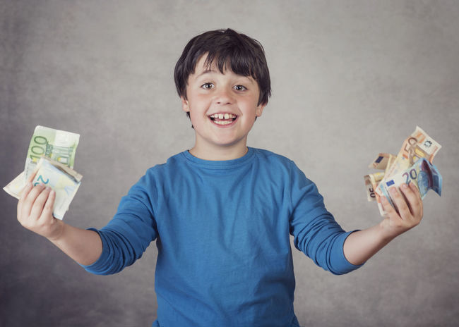 Banknotes Business Economy Happiness Happy Lifestyle Lucky Bank Child Childhood Euros Expression Financial Fortune Happiness Innocence Money Pay Payment Portrait Purchases Savings Smile Smiling