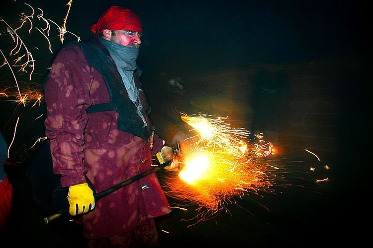 Correfoc Pyrotechnics Correfocs YouLookin@Me?