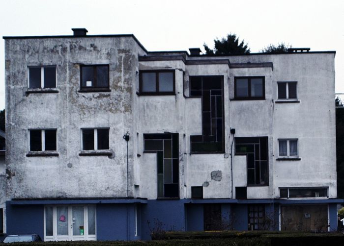 Abandonment Ganshoren Good Intentions, Bad Materials Minimalist Architecture The Graphic City Urban Canker Architecture Building Exterior Built Structure Day Ganshoren No People Outdoors Ruined House Sky Social Housing Window