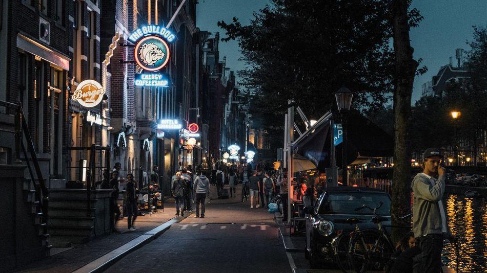 #SonyA6000 #sonyalpha #Amsterdam  #bulldogcafe #citybreak #moody EyeEm Selects