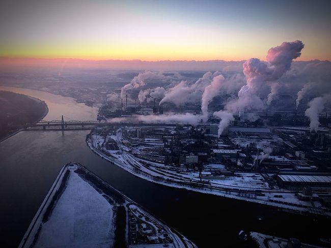 Linz, industrial morning.