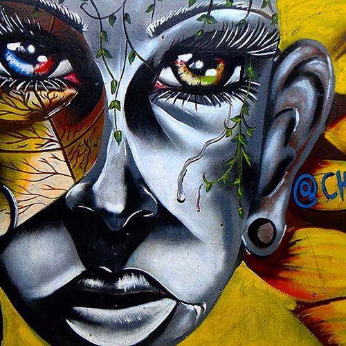 Comuna 13 Graffitours Callesdemedellin Art And Craft Esto es arte
