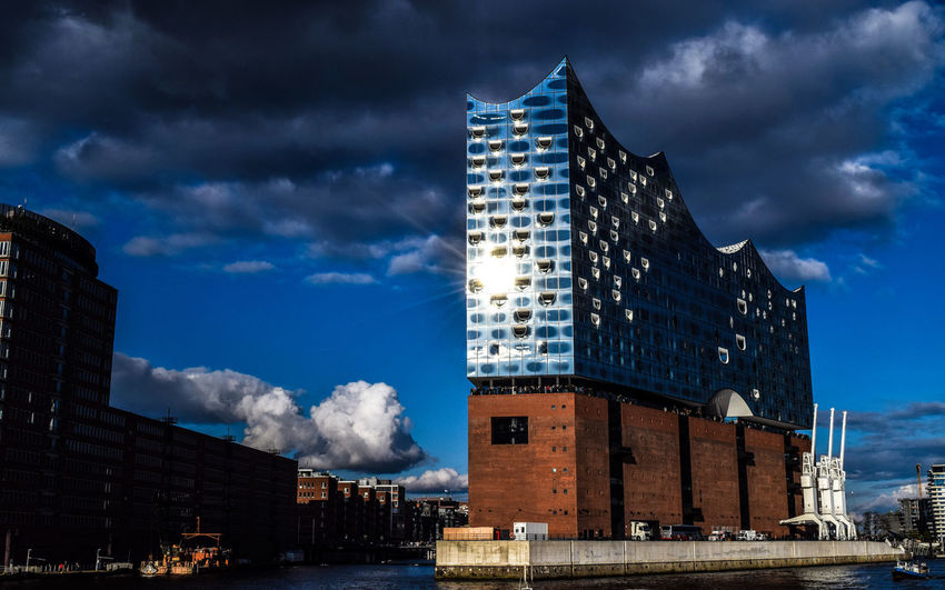 Hamburg Elbphilharmonie Architecture Built Structure Sky Cloud - Sky Arts Culture And Entertainment Modern City EyeEm Best Shots Art Is Everywhere Eye4photography  EyeEm Gallery Travel Destinations April EyeEm Best Edits EyeEmBestPics The Architect - 2017 EyeEm Awards Neighborhood Map