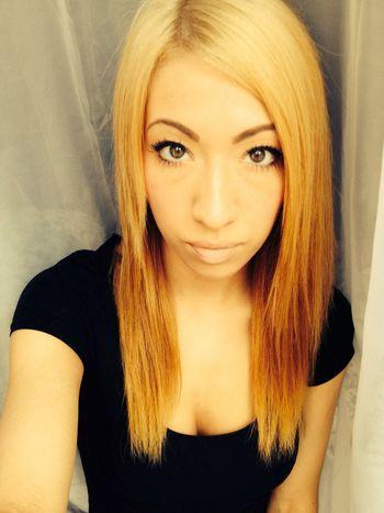 Blonde Girl Selfie Eyes