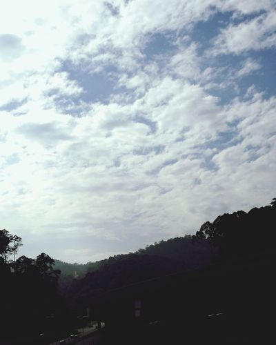 Tree Sky Cloud - Sky No People The Way Forward Soccer Outdoors Architecture Nature Day Soccer Field