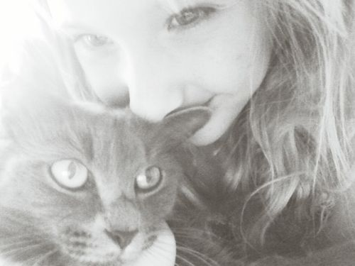 Sweet Moments LOL Sweety  Hello Kitty <3