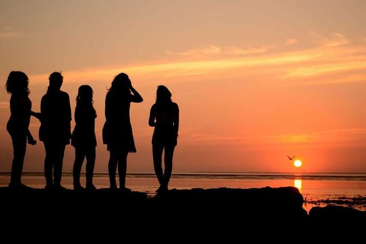 Sunset Silhouette Standing Horizon Over Water Water Sea Men Lifestyles Togetherness Leisure Activity Sky Full Length Friendship Cliff Tranquil Scene Beauty In Nature Tranquility Nature Scenics Sun