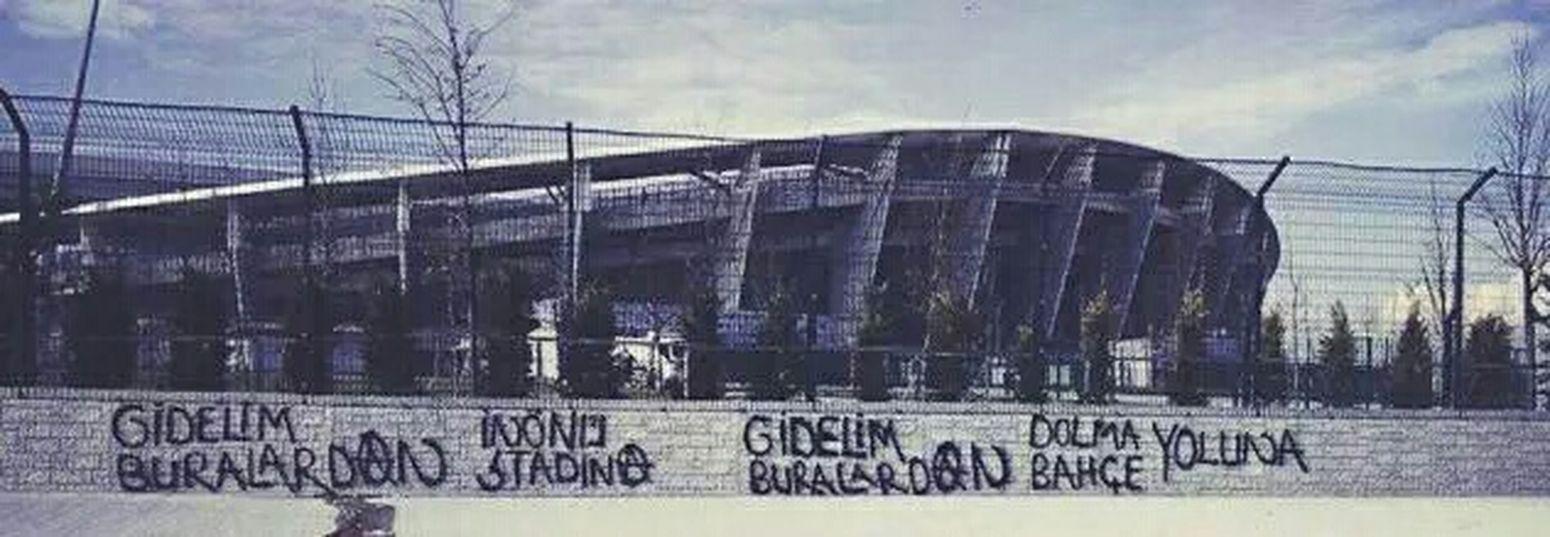 Gurur Lan!! Beşiktaşk BJK1903 Beşiktaş ❤ BJK Dembaba Olimpiyatstadı Zulümpiyat Tolgayarslan Gökhantöre #inönüstadı