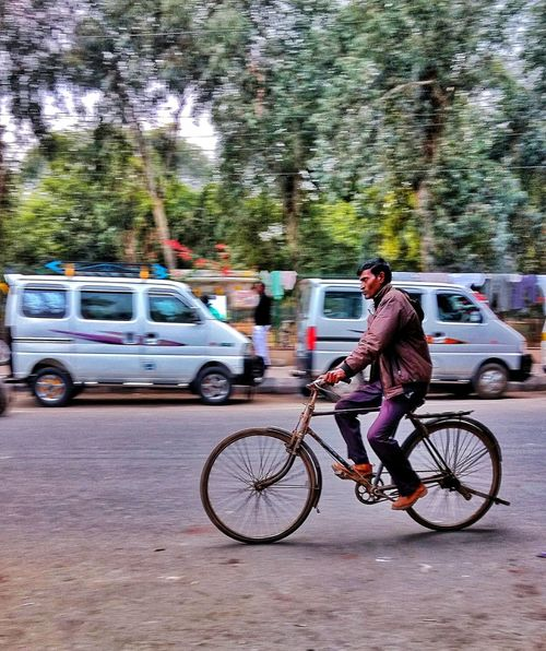cycle motion - Abshine stories Motog4plus Motog4plus,❤ Motog4+click Motog4 Cycle Cycling Cycling Cycle Cyclephotography Day Sky Road Men City One Person