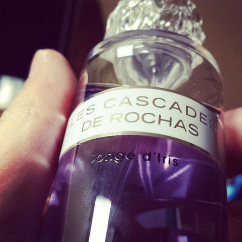 My favorite flower scent Iris done by Rochas .. Smells like fresh laundry <3