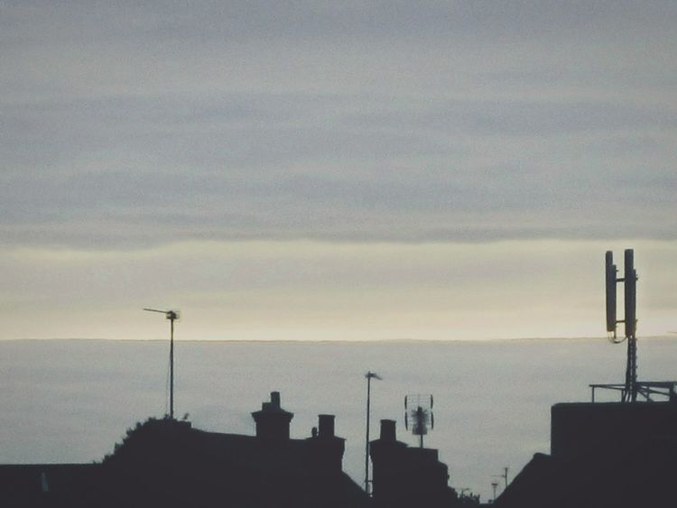 Urban Landscape 8.00am Minimalism Deceptively Simple Pastel Januaryphotochallenge Studies Of Whiteness From Where I Stand Minimallandscape Showcase : January Skyporn Sky_collection Urban_collection Urban Landscape Landscape