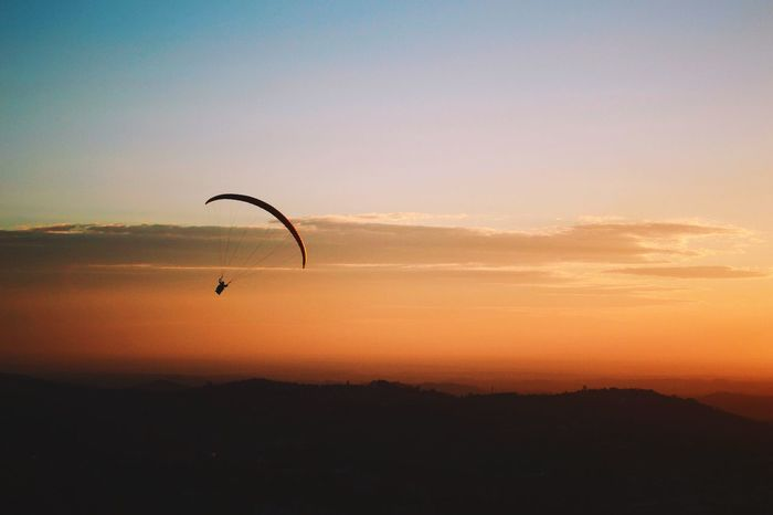 Parapente Beauty In Nature Nature Outdoors Parachute Scenics Sky Sport Sports Sports Photography Sunset Sunset Silhouettes Tranquil Scene Tranquility VSCO Vscocam